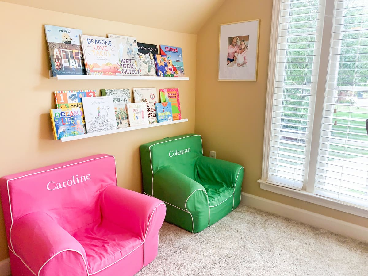 children's library seating